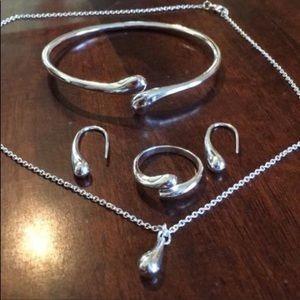 Jewelry - NEW! Silver jewelry set